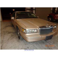 1996 - LINCOLN TOWN CAR