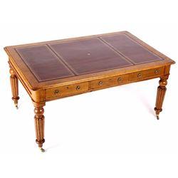 Early Quarter Sawn Oak Leather Top Partners Desk
