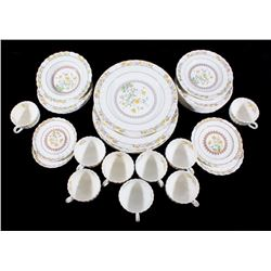 Spode Buttercup 30 Piece Dinner China Set