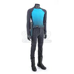 STAR TREK INTO DARKNESS (2013) - Vengeance Crew Member Uniform, Phaser and Holster Belt