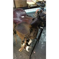 """Simco"" saddle with riding crop"