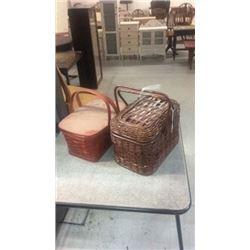 2 picnic baskets