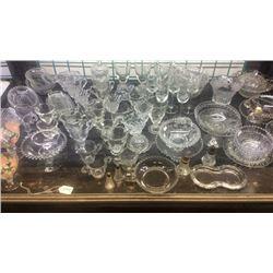 Lot of glassware