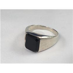 Vintage Sterling Silver & Onyx Mens Ring - 19.75mm Inside Diameter - 7.40 Grams