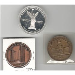 Numismatic Club Medals Lot of 3 Toronto: 2004 TCC/NYCC/RCNA Silver Medal (scratches are on plastic h