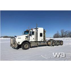 2011 KENWORTH T800 TRI-DRIVE TRUCK