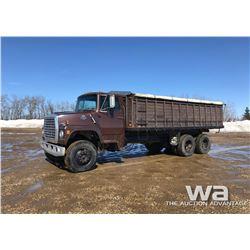 1980 FORD 800 T/A GRAIN TRUCK