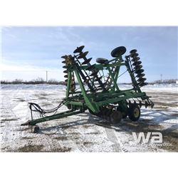 JD 330  26 FT. TANDEM DISC