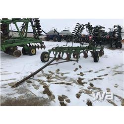 JOHN DEERE 6 BOTTOM PLOW