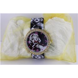 NEW MARILYN MONROE WATCH WITH CRYSTALS.  STRETCH BAND. - WORKS
