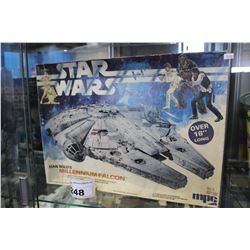 MPC HAN SOLO'S MILLENNIUM FALCON MODEL KIT