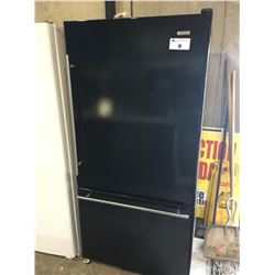 JENN-AIRE BLACK FRIDGE WITH BOTTOM FREEZER