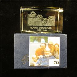 """2"""" x 3"""" Lead Glass Crystal Hologramed paper weight in original box of issue depicting """"Mount Rushmor"""
