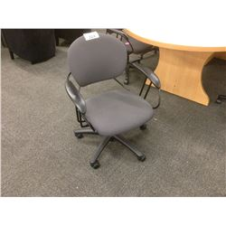 STEELCASE UNO MID-BACK TASK CHAIR