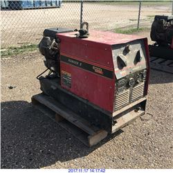 LINCOLN RANGER 8 WELDER