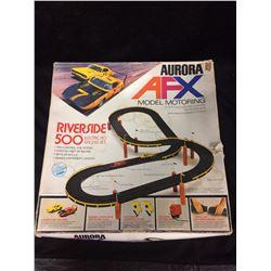 AURORA AFX RIVERSIDE 500 RACING SET (IN BOX)
