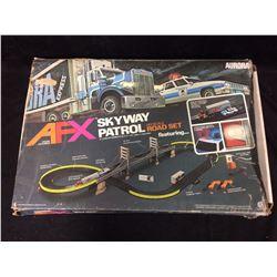 AURORA EXPRESS AFX SKYWAY PATROL HD SCALE ROAD SET (IN BOX)