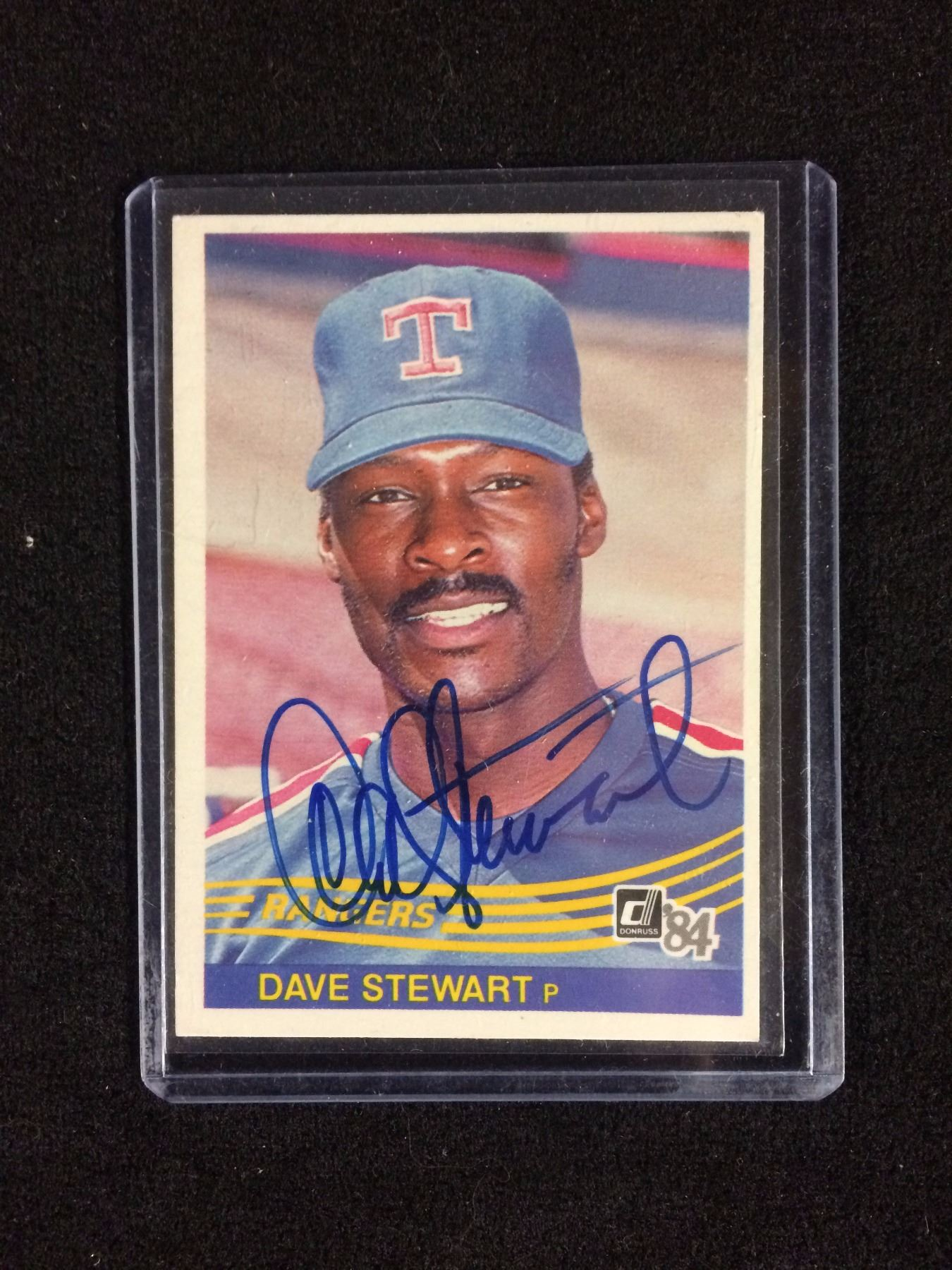 Autographed Dave Stewart Baseball Card