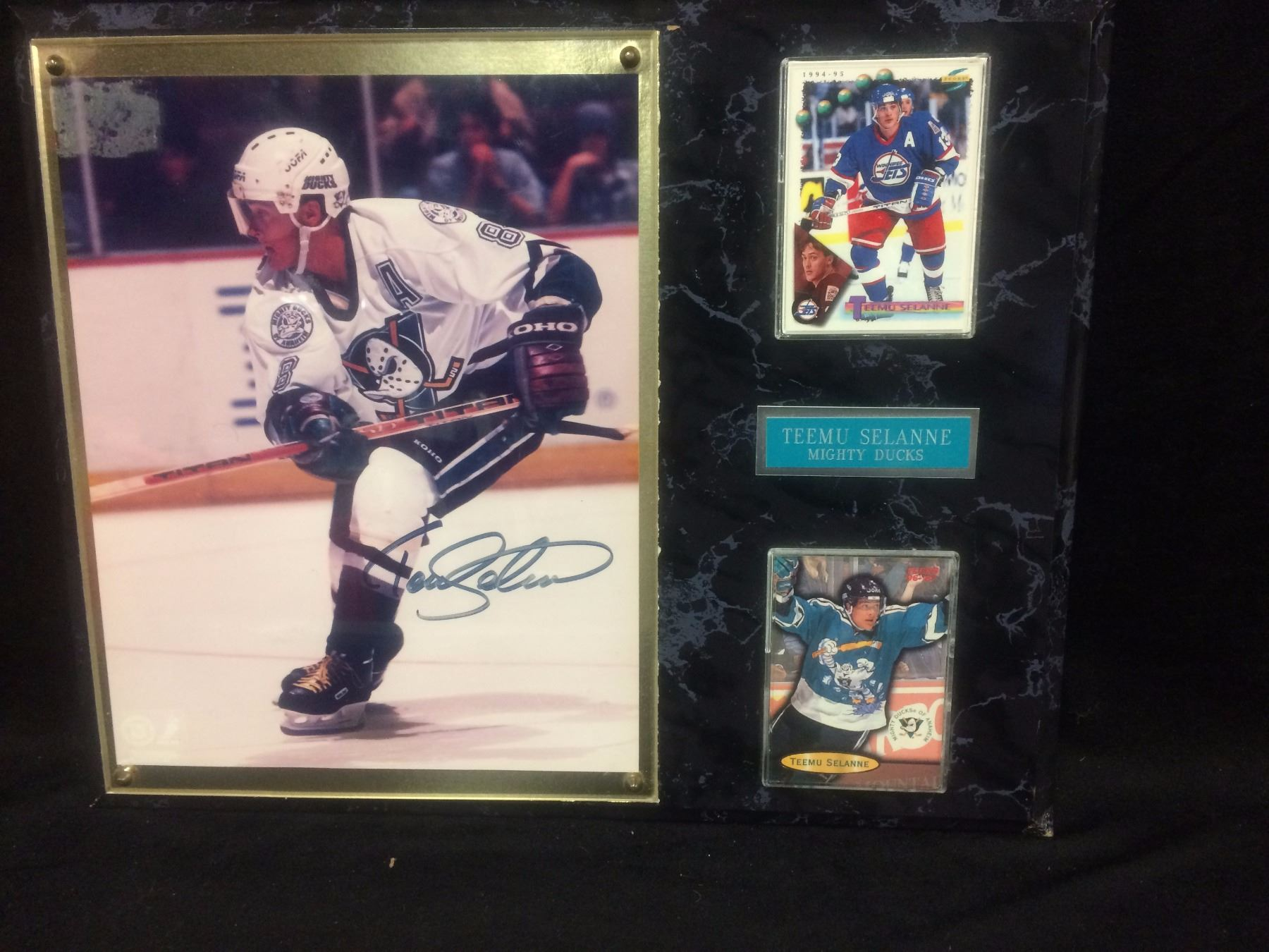 competitive price 6a47b 44518 FRAMED TEEMU SELANNE AUTOGRAPHED COLLAGE