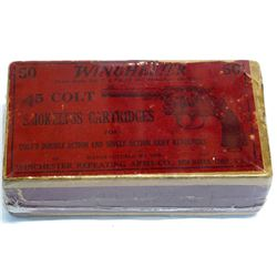 Winchester picture box of .45 Colt