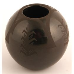 Sgraffito Blackware Pot, Linda Askan