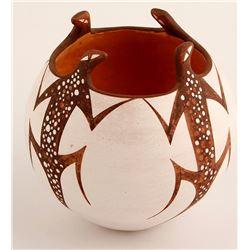 A. A. Peynetsa Lizard Jar