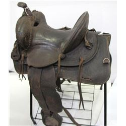 Victor Ario Highback Saddle