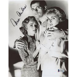 """Vera Miles Signed """"Psycho"""" 8x10 Photo (Beckett COA)"""
