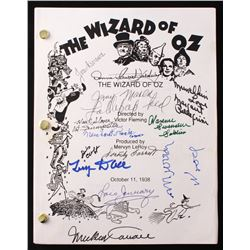 """""""The Wizard of Oz"""" Full Movie Script Signed by (13) With Joan Kenmore, Jerry Maren, Meinhardt Raabe,"""