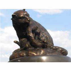 VINTAGE LION WITH CUB BRONZE STATUE