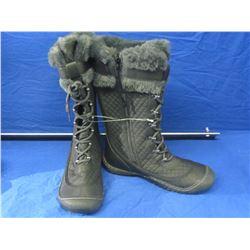 New J Sport winter boots