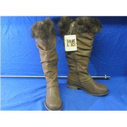 New Muklucks winter boots