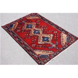 BEAUTIFUL HAND WOVEN NAHAVAND DESIGN PERSIAN RUG