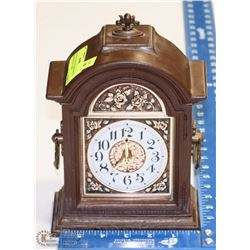 MADE IN USA VINTAGE SPARTUS DECORATION CLOCK