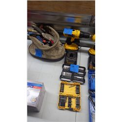 DEWALT 18V CORDLESS DRILL W/BOX OF BITS AND TOOL POUCH W/MISC SCREWDRIVERS AND MISC AS PICTURED