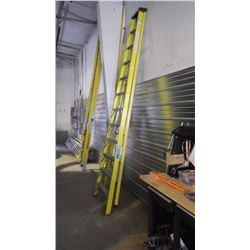 12' INDUSTRIAL LITE STEP LADDER