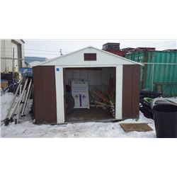 APPROX 7' X 10' METAL GARDEN SHED NO CONTENTS
