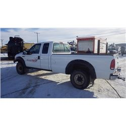 2004 FORD SUPER DUTY F 250 XL 4 X 4 EXT CAB LONG BOX VIN 1FTNX21L74EC49622….NO PST…. WITH 141374 KMS