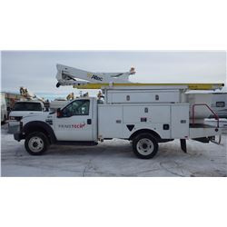 2010 FORD F550 4 X 4 BUCKET TRUCK VIN 1FDAF5HR1AEA28831....BOTH TAXES.... WITH 168145 KMS 6.4L TURBO