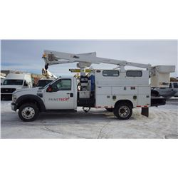2008 FORD F550 4 X 4 BUCKET TRUCK VIN 1FDAF56R58EE12527....BOTH TAXES.... WITH 74379 MI 6.4L TURBO D