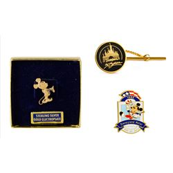 Set of (3) Disneyland Pins.