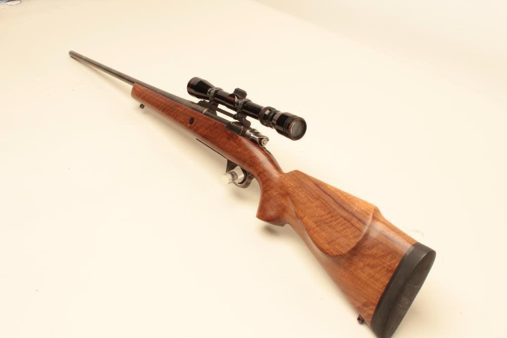 Santa Barbara Mauser Model 1000 bolt action sporting rifle, 7mm