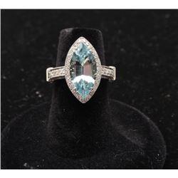 Aquamarine approx. 2.79 carats and Diamonds set in Platinum. Est:$4,000-6,000.