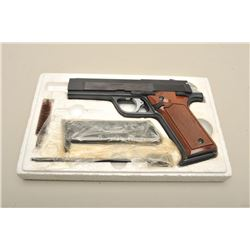 Benelli Model 877 semi-automatic pistol, 7.65mm caliber, 4.25 barrel, blued