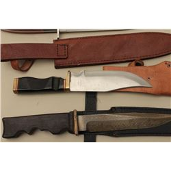 Lot of 3 sheath knives. Modern. 1 marked Ridgerunner. Est.: