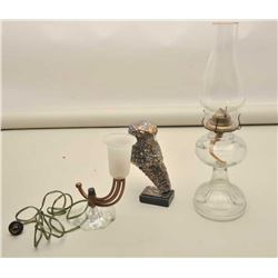 Lot consisting of antique kerosene lamp with pressed glass body