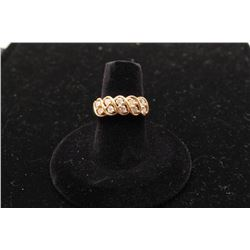 14k yellow gold ladies ring set with 10 roped in