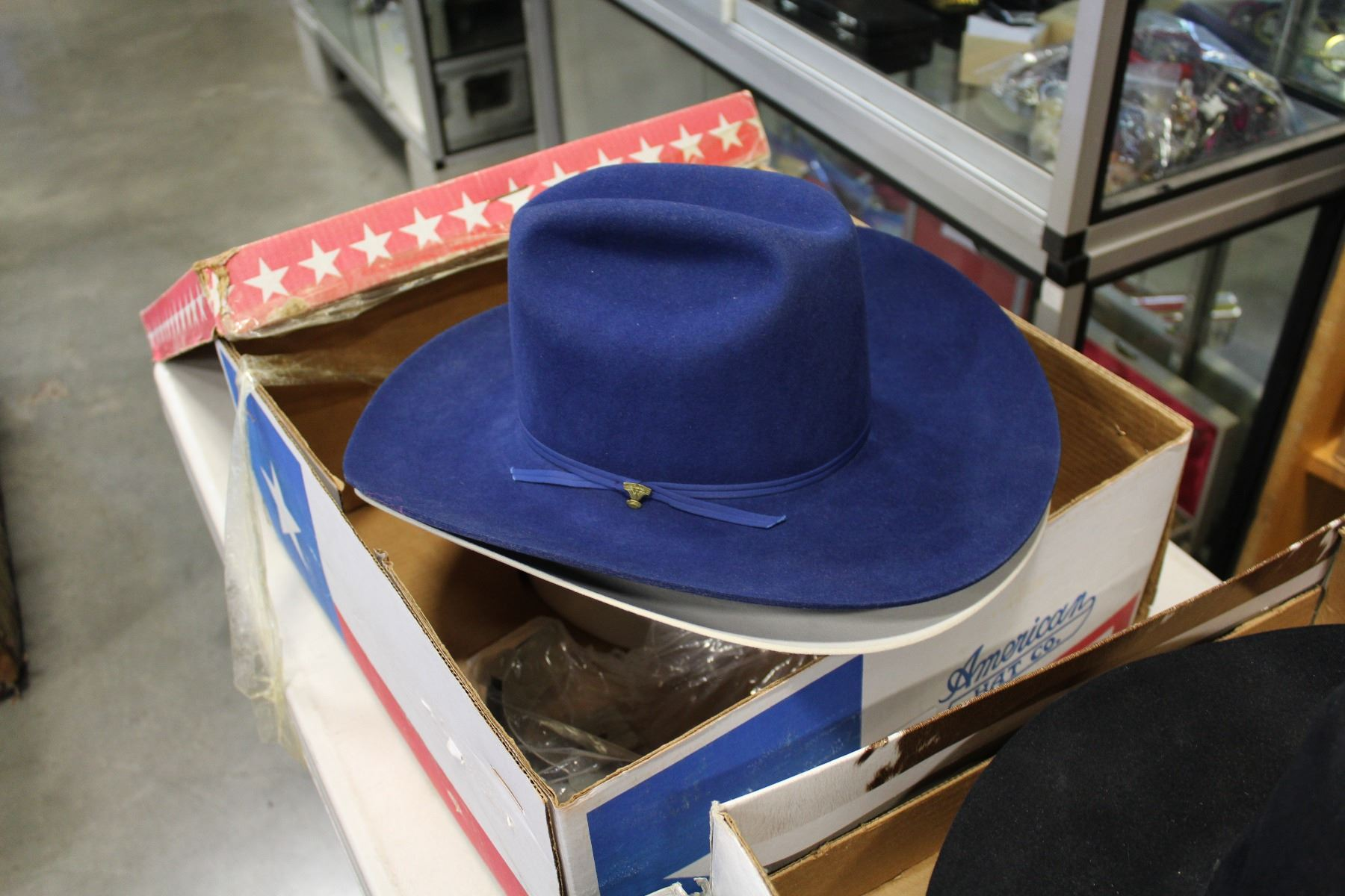 BEAVER HATS SIZE 7 5 COWBOY HAT RISITOL SIZE 6 BEAVER HAT AND AMERICAN HAT  COMPANY COWBOY HAT