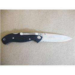 CRKT FOLDING KNIFE