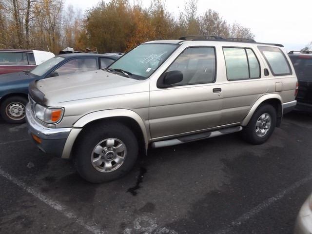 Image 1 1999 Nissan Pathfinder